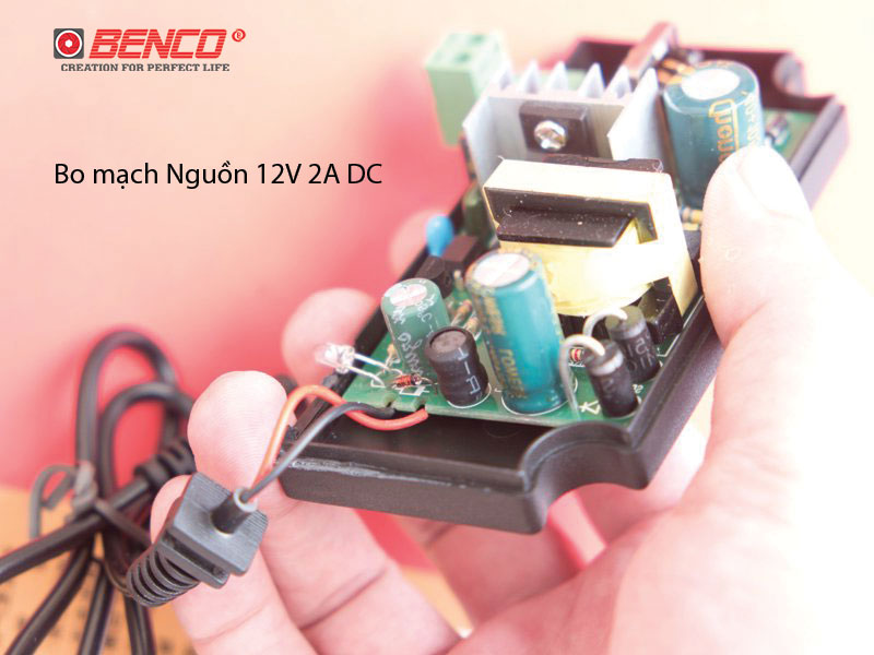 Thiết kế bo mạch nguồn 12V 2A
