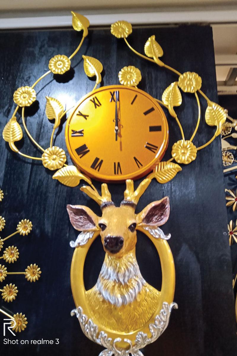 mẫu đồng hồ con hươu vàng đẹp
